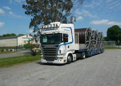 Muldenfahrzeug bis 3,70m Durchmesser und Stahltrommeln