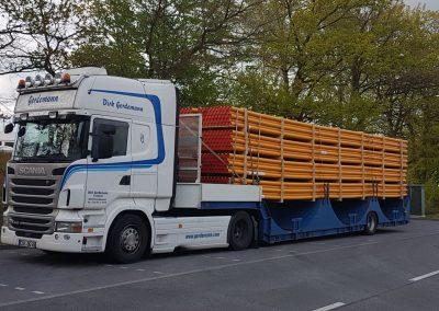 Transport von PE-Rohr in 12m Länge